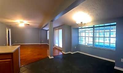 Living Room, 21864 Pineywood Loop, 2