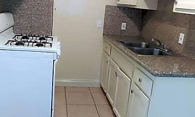 Kitchen, 13218 Vermont Ave, 2