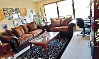 Living Room, 3830 6th Ave, 1