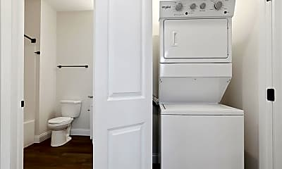 Bathroom, 318 S State St, 2
