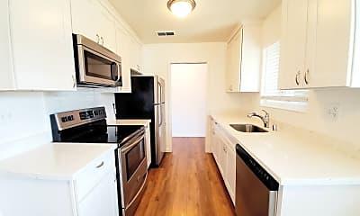 Kitchen, 474 Studio Cir, 0