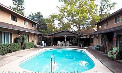 Pool, 915 West St, 0