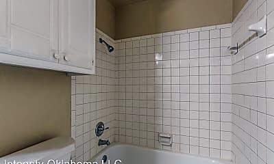 Bathroom, 11505 Roxboro Ave, 1