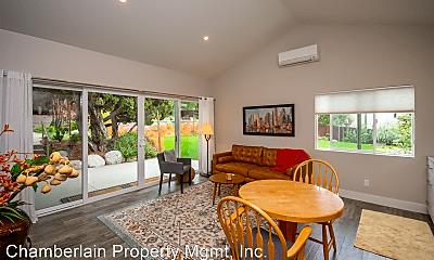 Living Room, 3987 Park Dr, 1