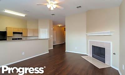 Living Room, 2021 Wildwood Dr, 1