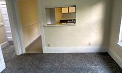 Living Room, 3615 SE Milwaukie Ave, 1
