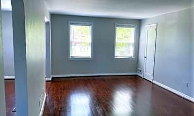 Living Room, 1810 Loch Shiel Rd, 0
