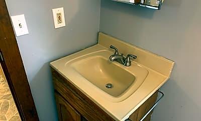 Bathroom, 31 Sutton Rd, 2