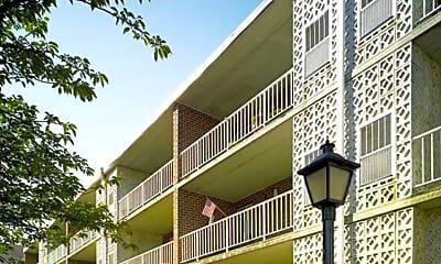 Building, 2200 Tremont St, 0
