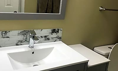 Bathroom, 643 W Oak Terrace Dr, 2