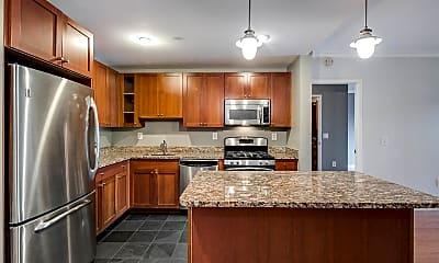 Kitchen, 700 Grove St 2T, 0