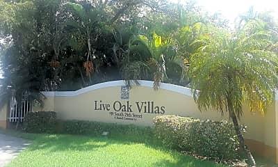 Live Oak Villas, 1