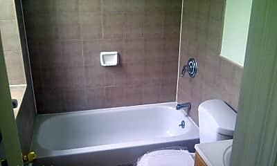Bathroom, 297 16th St, 1