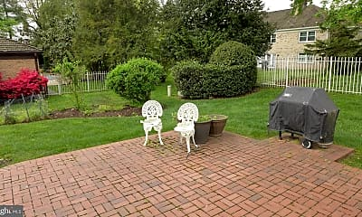 Patio / Deck, 6301 Evermay Dr, 2