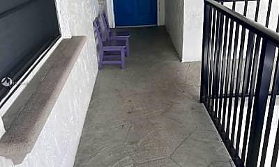 Patio / Deck, 1015 NE 17th St 203, 1