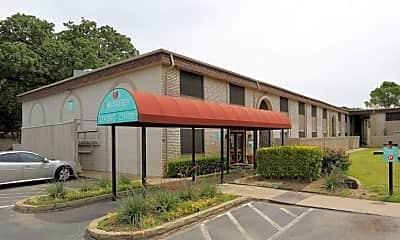 Building, Zander Park Apartment Homes, 2