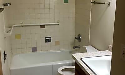 Bathroom, 2525 Conklin Dr, 2