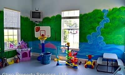 Living Room, 2801 Chancellorsville Drive Unit # 618, 2