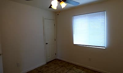 Bedroom, 1621 N Dodge Blvd, 2