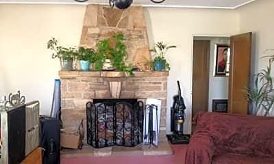 Living Room, 977 Jefferson St, 1