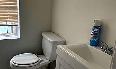 Bathroom, 4309 Locust St, 0