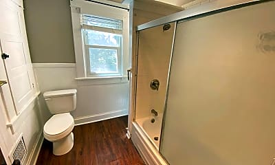 Bathroom, 39 W Patterson Ave, 2
