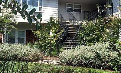 Building, 587 N Rosa Parks Way, 0