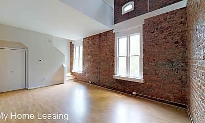 Living Room, 229 N Poplar St, 0
