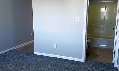 Bedroom, 1425 College Heights Rd, 2