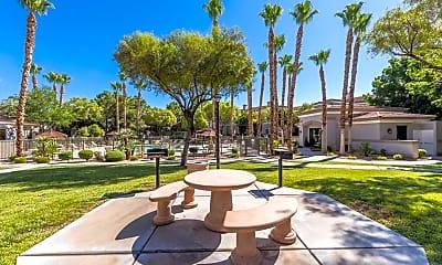 Parkside Villas, 2