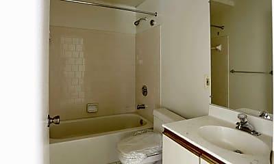 Bathroom, Mansfield Woods, 2