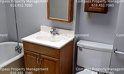 Bathroom, 617 Crescent St NE, 1