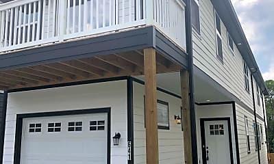 Building, 641 Vernon Ave, 2
