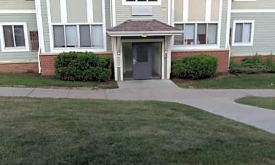 Cecil Newman Plaza, 0