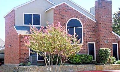 Building, 1050 W Ash Ln, 0