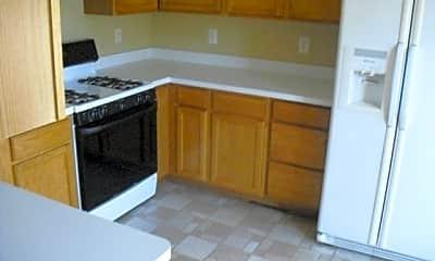 Kitchen, 4870 Lake Park Ln, 1