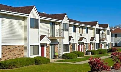 Building, Ryan Green Apartments, 0