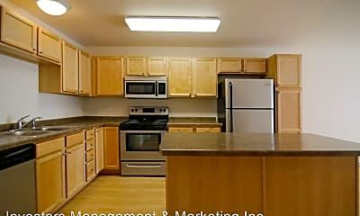 Kitchen, 100 Collins Ave, 1