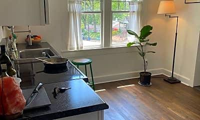 Kitchen, 440 Ridgewood Ave, 2