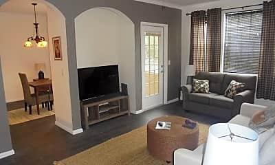 Living Room, 10075 Gate Parkway N #1106, 1