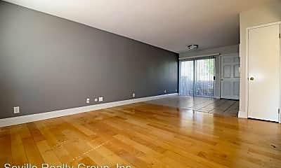 Living Room, 2850 Reynard Way, 0
