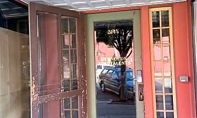 Patio / Deck, 314 N Pine St, 1