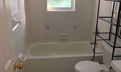 Bathroom, 3610 Paulding Ave, 2