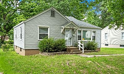 Building, 7916 Underhill Dr, 2
