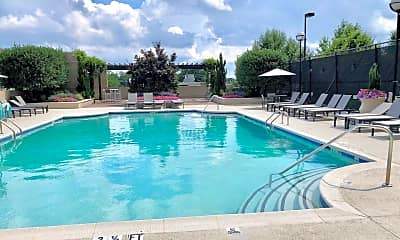 Pool, 325 East Paces Ferry Rd NE 1701, 2