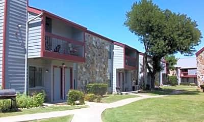 Apple Creek Apartments, 2