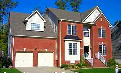 Building, 13347 Chesapeake Pl, 0