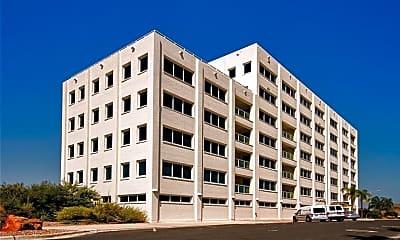 Building, 901 N Upper Broadway 402, 0