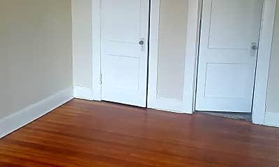 Bedroom, 176 Chestnut St, 2