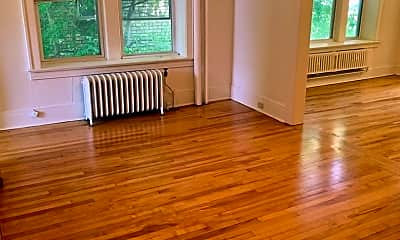 Living Room, 2222 Girard Ave S, 1